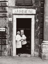 rome-old-barbershop_1988_600x450